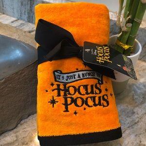 🎃Disney Hocus Pocus Halloween Hand Towels